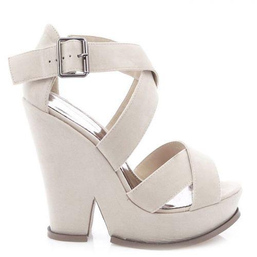 białe sandały-iwoman